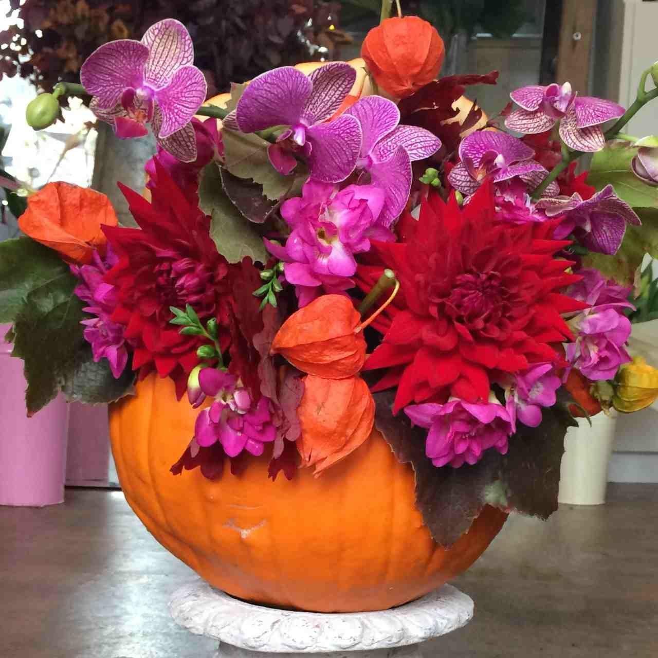 Amanda Austin London Florist Halloween Floral Arrangement Dahlia Orchid